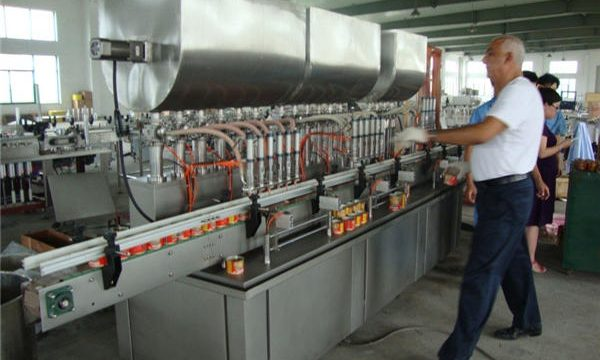 Makinë mbushëse automatike e salcave soje 200-1000ml