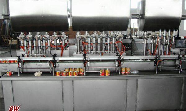 Makinë automatike për mbushjen e salcave të nxehta