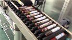 Makinë automatike e etiketimit të sallamit me ushqyes